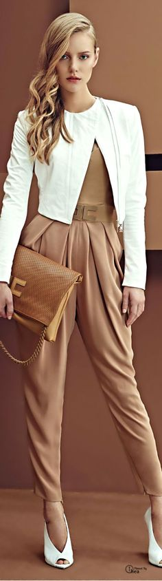 "Hey Fashionista, your Fashion Addict is here today with an extraordinary post that is called ""Elisabetta Franchi Show Off Her Modern Collection for SS Look Fashion, High Fashion, Womens Fashion, Fashion Design, Fashion Trends, 50 Fashion, Fashion Styles, Haute Couture Style, Sarouel Pants"