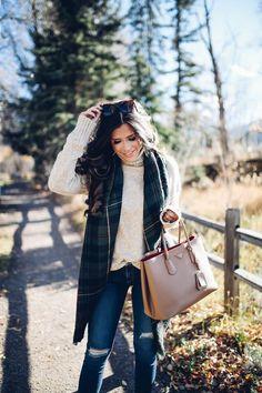 Basic Blanket Scarf Tutorial + 10 Ways To Tie Your Blanket Scarves