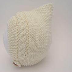 Cable Knit Pixie Hat in Cream - Size 0-3 months