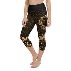 Workout with comfort and Show-off your Zodiac Sign in Leo with these high-quality capris. This design is made to complement any body types. Show off that bum, be a head-turner, and workout in confidence. Crotch Area, Zodiac Capricorn, Workout Leggings, Body Types, Squats, Zodiac Signs, How Are You Feeling, Confidence, Bending