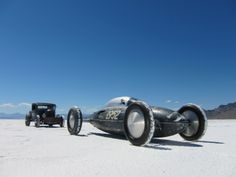 "The ""Old Crow"" Belly tank, Bonneville 2010 - photo by Coby (www.carsnotculture.com)"
