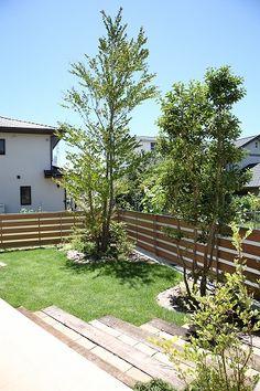 飯村モデルハウス in 2019 Garden Living, Fence, Villa, Backyard, Exterior, Outdoor Decor, Plants, House, Home Decor
