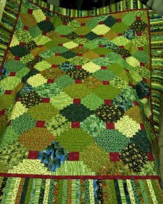 green - Christmas Courthouse step quilt
