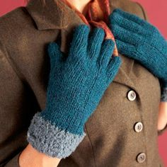 Free knitting patterns for adult gloves and mittens. Make a pair of mittens for yourself and another as a gift. Crochet Leg Warmers, Crochet Mittens, Mittens Pattern, Knitted Gloves, Knit Crochet, Knitting Patterns Free, Free Knitting, Free Pattern, Knitting Tutorials