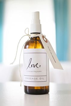 Essential oils uses: How to make your own essential oil massage oil with free printable labels!! DESIGN THE LIFE YOU WANT TO LIVE | http://lynneknowlton.com