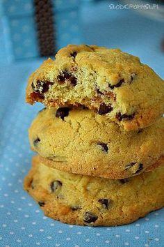 Miękkie ciasteczka z czekoladą. Miękkie pieguski. Cannoli, Dessert Recipes, Desserts, Truffles, Sweets, Snacks, Cookies, Baking, Foods