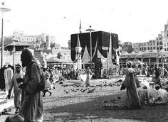 On September 7, 1954, Muslims visit the Kaaba, during a pilgrimage to Makkah