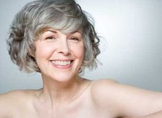 Anti Aging Skin Care Tips You Need Start Using Today - A Top Dermatologist's 5 Best Anti-Aging Tips Anti Aging Tips, Best Anti Aging, Anti Aging Skin Care, Short Wavy Hair, Short Hair Styles, Hair Styles For Women Over 50, Short Hairstyles For Women, Wavy Hairstyles, Short Haircuts