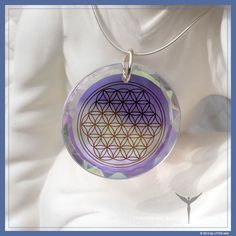 Flower Of Life Diamond : From the first moment I put it in, I started to become more positive. In just one week the shift I have felt is remarkable, I am able to let go of destructive thoughts, actions and attitudes. I truly feel it is infusing me with light. Highly recommend this to anyone.