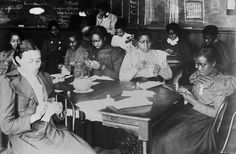 http://www.africanafrican.com/black%20history%20imagery/1800s%20Black%20History/Sewing%20class%20at%20Haines%20Normal%20and%20Industrial%20Institute,%20Augusta,%20Georgia%20-%201899.jpg
