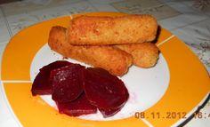 Reteta Crochete de cartofi cu salata de sfecla rosie din categoria Aperitive cu brinza