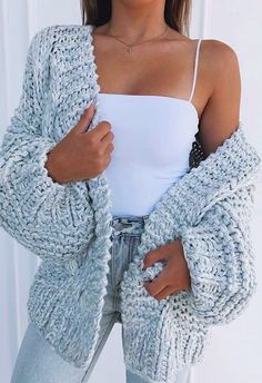 Puff Sleeve Loose Cardigan Outfit, Lea 🙋, Outfit Puff Sleeve Loose Cardigan – Chiclotte Source by . Cute Comfy Outfits, Stylish Outfits, Cute Cardigan Outfits, Cardigan Outfit Summer, Really Cute Outfits, Cute Cardigans, Chill Outfits, Stylish Clothes, Teen Fashion
