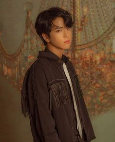 The Boyz Younghoon Bae, Fandom, K Idol, Celebs, Celebrities, Kpop Boy, Boyfriend Material, Pop Group, My Boys