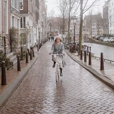 Creating a sustainable ethical capsule underwear collection with Organic Basics {Ad} - Jessica Rose Williams Letting Go Of Friends, Rotterdam Port, Minimalist Living Tips, Rose Williams, Jessica Rose, Cottage Renovation, Slow Travel, Beautiful Streets, Amsterdam Travel