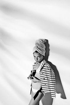 Esperanza Moya: Photography » Telva Niños • Swimming time