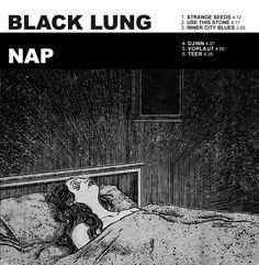 https://polyprisma.de/wp-content/uploads/2017/08/Black-Lung-Nap-Split-12.jpg Black Lung vs. Nap - Split https://polyprisma.de/review/black-lung-vs-nap-split/ Gemeinsam anders sein Black Lung aus Baltimore und Nap aus Oldenburg sind beide vergleichsweise unbekannte Bands. Zwar hat Black Lung 2016 das zweite Album See The Enemy veröffentlicht und Nap Anfang des Jahres Villa, die beide zu recht erfolgreich waren. Für ein weiteres Album reicht das...