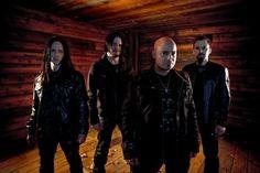 Disturbed heavy metal band that rocks