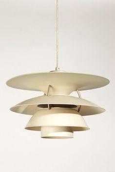 Charlottenbourg Poul Henningsen http://wefurn.com/lamps/ph-5-4%C2%BD-charlottenborg-lamp-poul-henningsen-replica