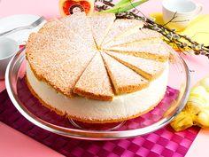 Eierlikör-Käse-Sahnetorte mit Hüttenkäse und frischen Erdbeeren vom Konditor-Weltmeister - Kuchenrezepte mit Eierlikör | Verpoorten