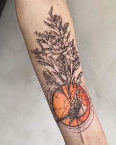 Flowers and bird tattoo Future Tattoos, New Tattoos, Body Art Tattoos, Cool Tattoos, Tatoos, Pretty Tattoos, Beautiful Tattoos, Piercing Tattoo, Piercings