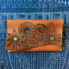 Geninne ~ Flower Clutch ~ One of a kind hand burned & sewn leather clutch, 8 x 5 inch Leather Diy Crafts, Leather Craft Tools, Leather Bags Handmade, Leather Projects, Handmade Bags, Leather Carving, Leather Art, Leather Tooling, Leather Wallet Pattern