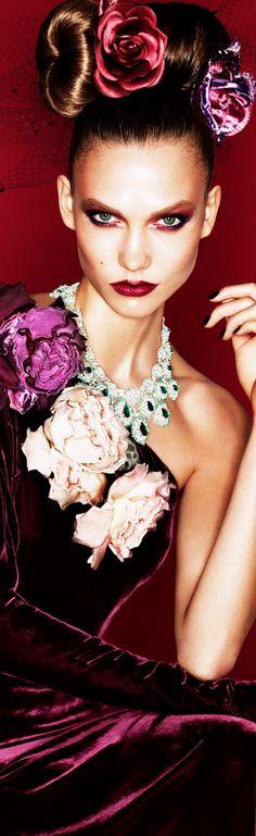Miss Millionairess.... Fleuw fashion - Karlie Kloss by Alexi Lubomirski for Vogue
