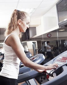 4 exercises to slim your thighs and firm them up - Walking on an incline treadmill - http://www.urbanewomen.com/4-exercises-to-slim-your-thighs-and-firm-them-up.html