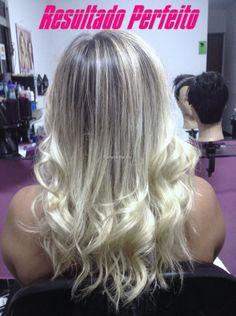 cabelo platinado com luzes