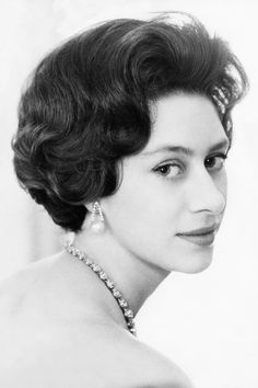 Princess Margaret's eye for style—and penchant for parties in particular—made her very popular with the press. Vogue takes a look back at the royal's most stylish moments Princess Margaret Young, Princess Elizabeth, Queen Elizabeth Ii, Princess Diana, Mario Testino, Vogue Paris, Princesa Margaret, Margaret Rose, British Royal Families