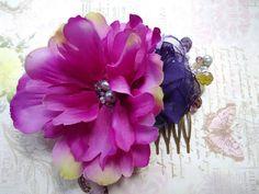 Handmade Vintage purple Flower Hair Comb Wedding by Inakabeads