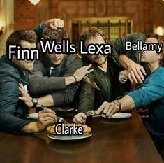 Lexa would be kicking their asses Bellamy The 100, Lexa The 100, The 100 Clexa, Movies Showing, Movies And Tv Shows, Best Tv Shows, Best Shows Ever, The 100 Serie, Lexa E Clarke