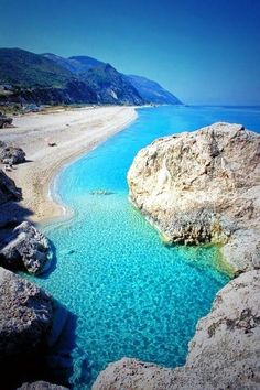 Kathisma Beach, Greece~@Earth Pics