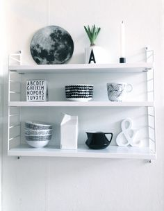 My Home: String Pocket by Nils Strinning String Pocket, Diy Interior, Scandinavian Interior, Interior Styling, Home Living, My Living Room, Marimekko, String Shelf, Magazine Deco