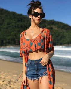 Look praia - women spec - Roupas Short Outfits, Stylish Outfits, Summer Outfits, Girl Outfits, Cute Outfits, Summer Clothes, Girl Fashion, Fashion Dresses, Womens Fashion