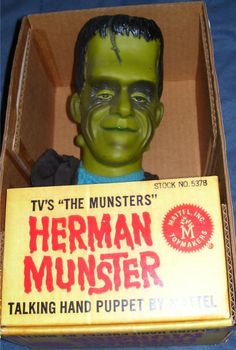 MATTEL: 1965 Herman Munster Talking Hand Puppet (The Munsters) Didn't I have this, you guys? I know I had Popeye and the Monkees. I think maybe Miss Monica broke this one! The Munsters, Munsters Tv Show, 1960s Toys, Retro Toys, Vintage Toys, Funny Vintage, 1970s, Frankenstein, Herman Munster