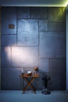Bérelhető exkluzív enteriőr fotóstúdió - Budapest, belváros. Különleges falfelületek, bútorok kellékek. Professzionális portré lifestyle és reklám fotózás.