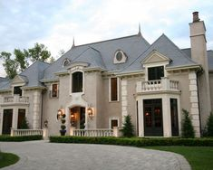 French Manor Exterior Front :: Eskuche