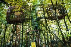 Discover Ai Pioppi Playground in Nervesa della Battaglia, Italy: Hidden in an Italian forest is a completely homemade amusement park that has taken a lifetime to create. Small Restaurants, Carnival Rides, Amusement Park, Playground, Ikea, Places To Visit, Around The Worlds, The Incredibles, Outdoor Structures