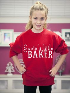 For the little elf in your kitchen! Kids who like to cake and bake, will love this comfy cotton holiday sweater - my first ever sweatshirt made especially for my littlest fans. #CakeTee