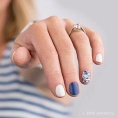 You're Engaged! This is the first post of our #JamberryWedding Series. If someone you know (or you are!) is planning a wedding let us know with the #JamberryWedding hashtag.  #engaged #engagementring  www.wildaboutwraps.jamberry.com