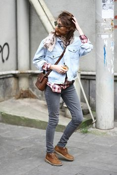 Tumblr fashion women Style desert boots denim jacket jeans grey sunglasses