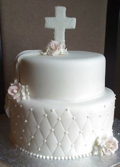 first communion cake Communion Solennelle, First Holy Communion Cake, Communion Dresses, Comunion Cakes, Confirmation Cakes, Baptism Cakes, Religious Cakes, Fig Cake, Party Cakes