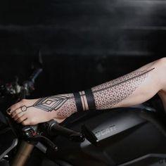 2Spirit Tattoo | Geometric Tattoos: Blackwork & Dotwork