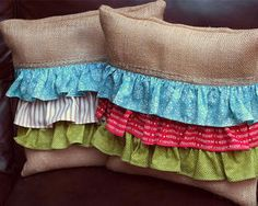 10 Marvelous Useful Tips: Decorative Pillows Diy How To Make cheap decorative pillows duvet covers.Decorative Pillows On Sofa Pottery Barn decorative pillows college.Decorative Pillows On Bed Navy. Gold Pillows, Diy Pillows, Throw Pillows, Cushions, Homemade Christmas Gifts, Christmas Diy, Simple Christmas, Beautiful Christmas, Homemade Gifts