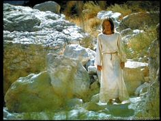 a special collection of screenshots taken from the Norman Jewison / Ted Neeley movie Jesus Christ Superstar 1973 . Jesus Christ Superstar 1973, Hippie Movement, Movie Screenshots, Jesus Christus, Norman Jewison, Scenery, Movie Posters, Heavenly, Painting