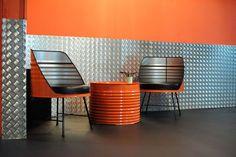titulo coche Car Furniture, Barrel Furniture, Steel Furniture, Recycled Furniture, Industrial Furniture, Cafe Design, Diy Design, Interior Design, Casa Retro