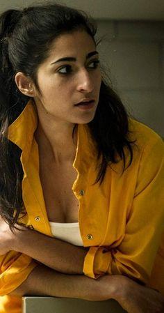 Alba Flores in Vis a vis Netflix Dramas, Netflix Series, Series Movies, Tv Series, Celebrity Faces, Nairobi, Friends Tv, Celebs, Celebrities