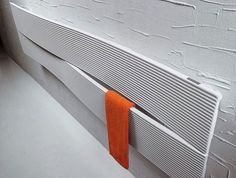 Radiators seem designed for the background. They line walls and prop up corners, and everyone looks past them because, after all, they are only radiators. Home Radiators, Electric Radiators, Towel Warmer, Electric Laundry, Yanko Design, Bathroom Spa, Pet Home, Modern Interior Design, Simple Designs
