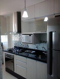 Cozinha pequena, não é desculpa para desorganização..