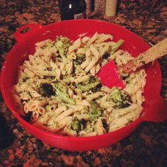 Lemon Garlic Broccoli Pasta Salad: Light and refreshing, you can eat it hot or cold.